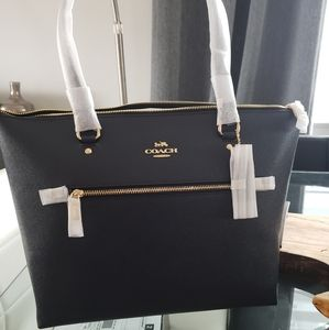 Coach tote in navy blue with gold